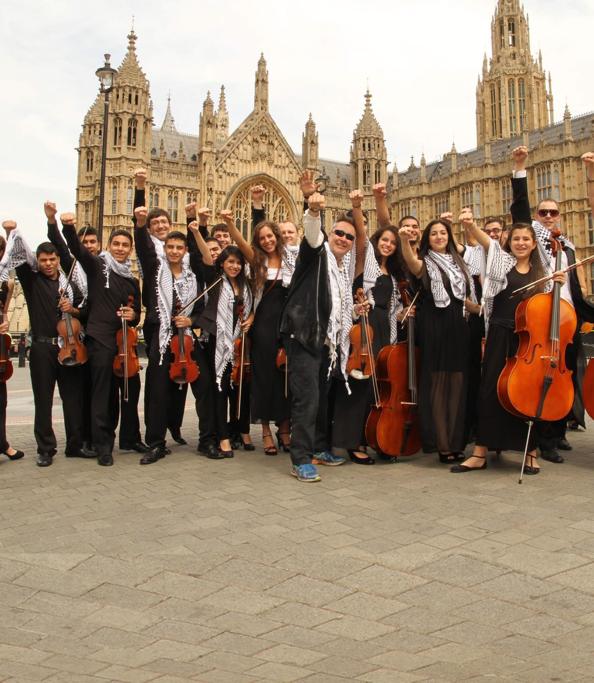 Nigel Kennedy and Palestine Strings